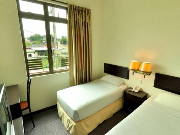 Golden Lake Hotel Hotel Segamat Travelmalaysia