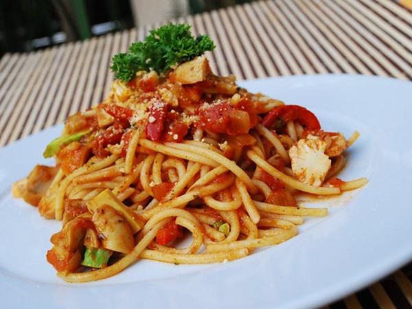Moven Peak Restaurant Restaurant Ipoh Travelmalaysia