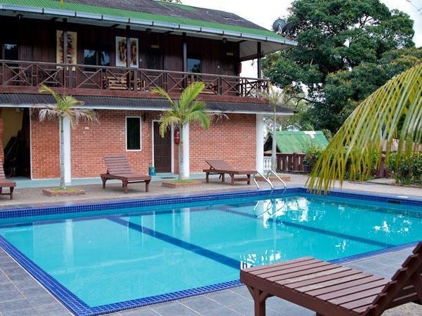 Endau Beach Resort Resort Mersing Travelmalaysia